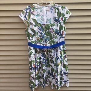 eShakti bird-print pleated sweetheart neck dress